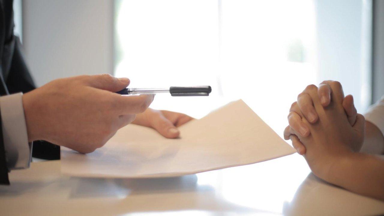 加拿大贷款攻略:不同签证、身份对贷款有何影响?如何申请无息房贷?