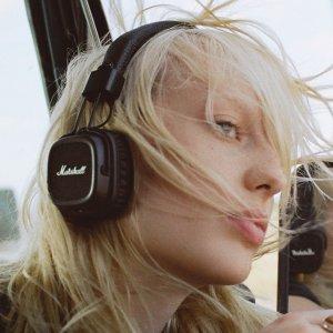 7.7折 复古重金属风Marshall Major 2 头戴式蓝牙耳机、蓝牙便携音箱 热卖