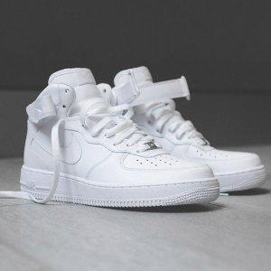 满$99享额外7.5折折扣升级:Foot Locker 男鞋折上折热卖 Nike Jordan Timberland等超多品牌大促