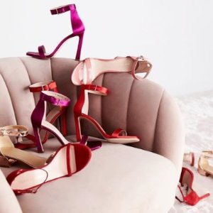 Up to 50% offShop New Items Added To Sale @ Stuart Weitzman