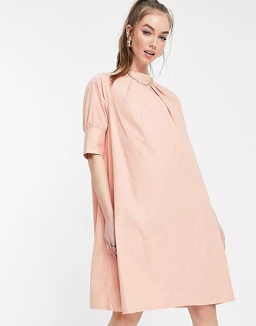 直筒连衣裙