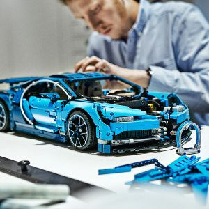 LegoBugatti Chiron 42083 | Technic™ | Buy online at the Official LEGO® Shop US