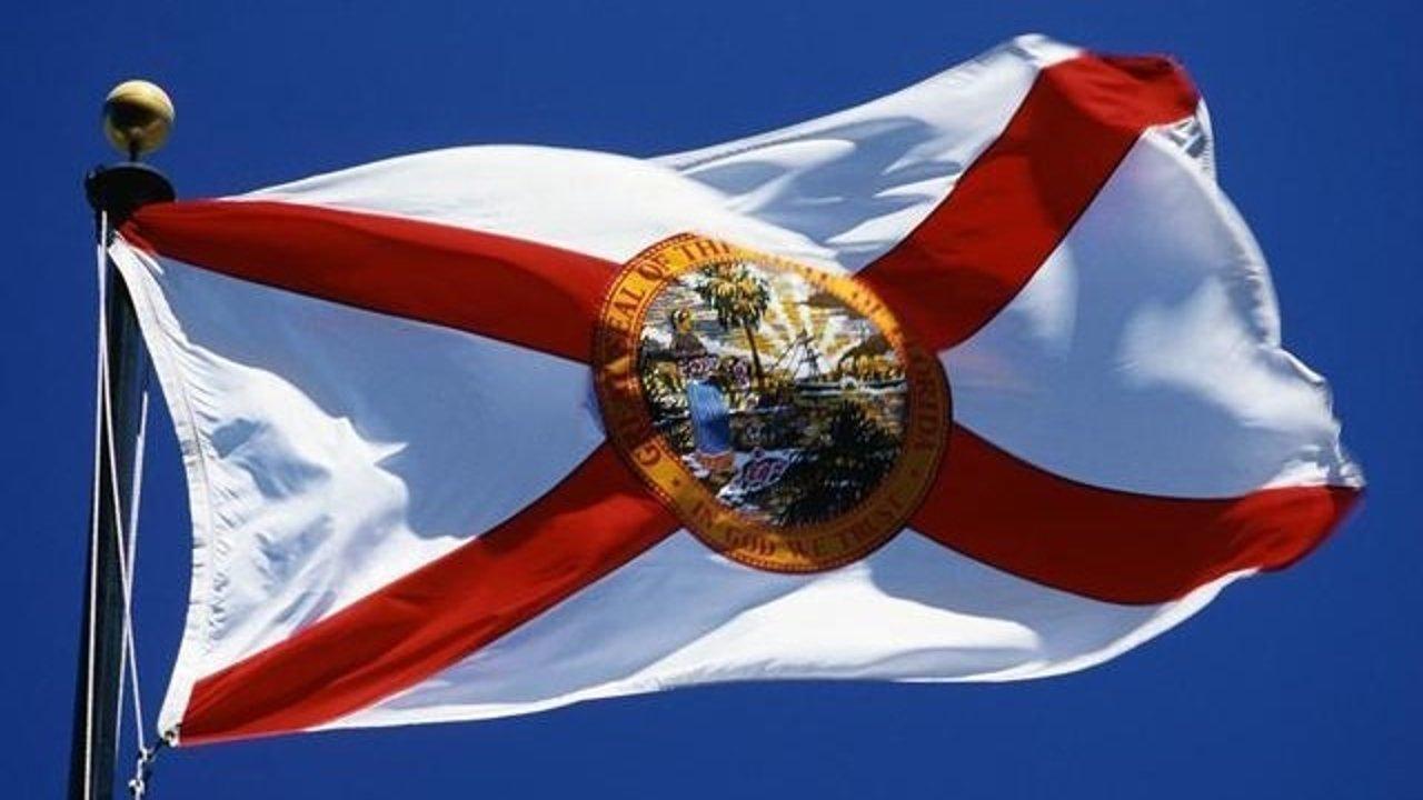 美国佛罗里达州新冠肺炎实时动态:Miami-Dade实施宵禁;佛州11岁小男孩因新冠去世;Orange County海滩将在长周末关闭;迈阿密将限制酒店的泳池时间及酒精销售;佛罗里达部分海滩将于独立日周末关闭。