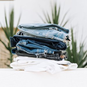 Buy 1 get 1 freeJeans sale @ Aeropostale