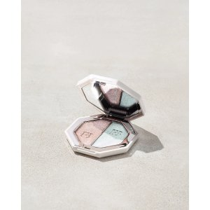 Fenty BeautyKillawatt Foil Freestyle Highlighter Duo — Sand Castle/Mint'd Mojito