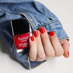 无门槛7折+任意单送化妆镜Butter London 全场热卖 收干枯玫瑰色、车厘子酒红色