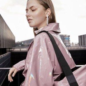 新款9折 防水背包仅£47 外套£36上新:Rains 好折闪现 全球最佳机能设计雨衣背包 科学为你挡风挡雨