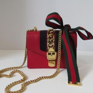 f2c308a06a7a40 Gucci[Dealmoon] - Sylvie Leather Mini Chain Bag