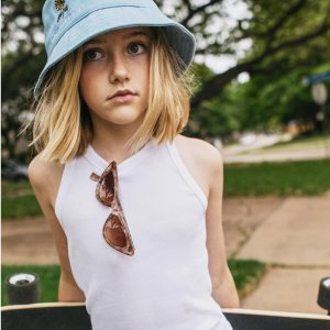 7.5折+买1件第2件半价Abercrombie & Kids 特价区  短裤、卫衣卫裤、背心等