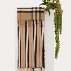 低至3.9折 £187收经典羊绒围巾独家:Burberry 围巾新品特卖,超多款式任你选