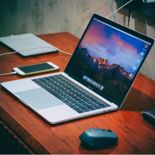 $1299.99起 多配置可选史低价:2018 新款 MacBook Pro 13/15吋