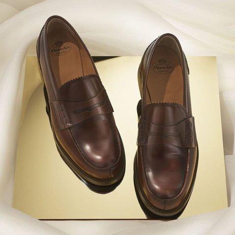 低至5折 €385收易烊千玺同款皮鞋Church's 英伦手工皮质鞋靴热卖 速收TFBOYS、胡一天同款