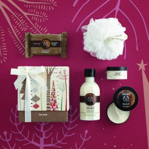 The Body Shop Coconut Festive Picks Small Gift Set