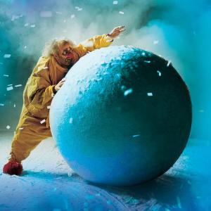 """$78起 只演8周 体验""""狂风暴雪""""《斯拉法的下雪秀》俄罗斯著名默剧 重返纽约百老汇"""