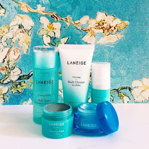 Dealmoon Exclusive! Receive an exclusive mask set + Water Bank Moisture Cream Deluxe (8ml)with any purchase @ Laneige