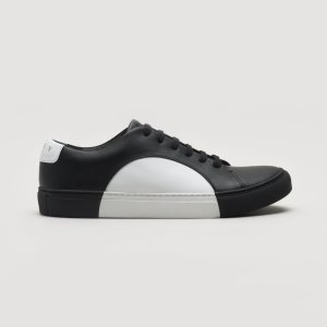 They New YorkCircle Low in Black-White