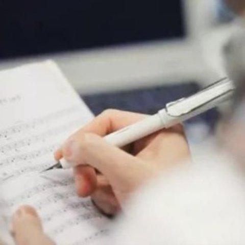 Lamy Safari White Fountain Pen - Fine Nib L19-WE-F