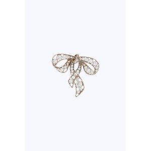蝴蝶结胸针