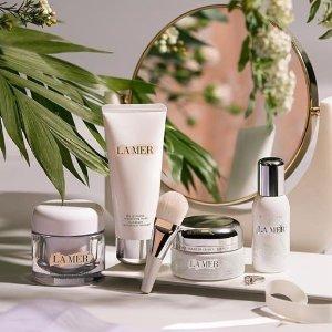 15% OffEnding Soon: Barneys New York La Mer Beauty Sale