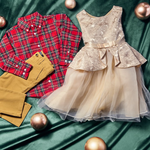 Up to 64% OffKids' Holiday Looks on Sale