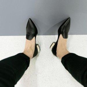 $700(定价$935) 尺码美好Nicholas Kirkwood 珍珠乐福鞋 温柔好穿到没朋友