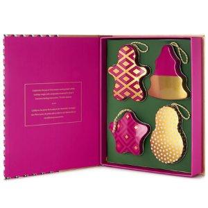 Holiday Classics Tea-filled Ornament Box