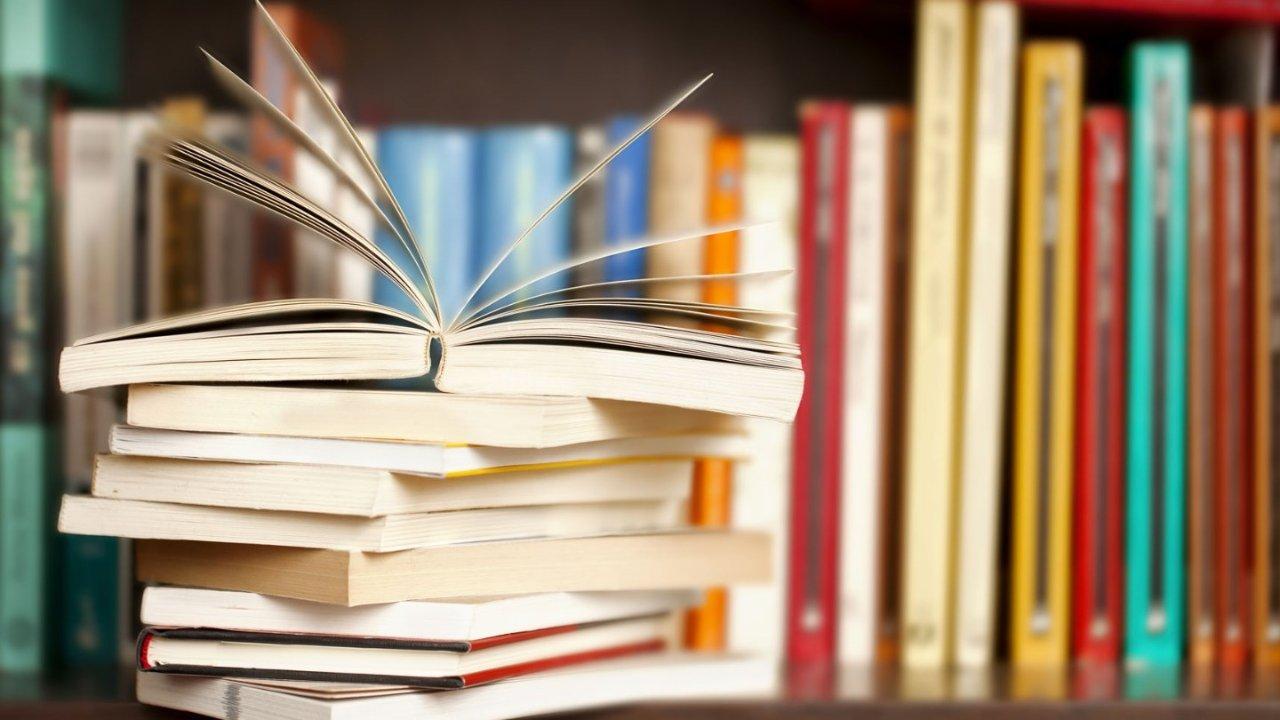 法语好书推荐!法语初学者也能看懂的书!宅在家里就抓紧时间提升自己吧~