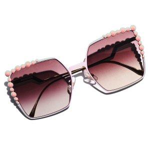 Up to 60% OffWomen Sunglasses Sale @ Neiman Marcus
