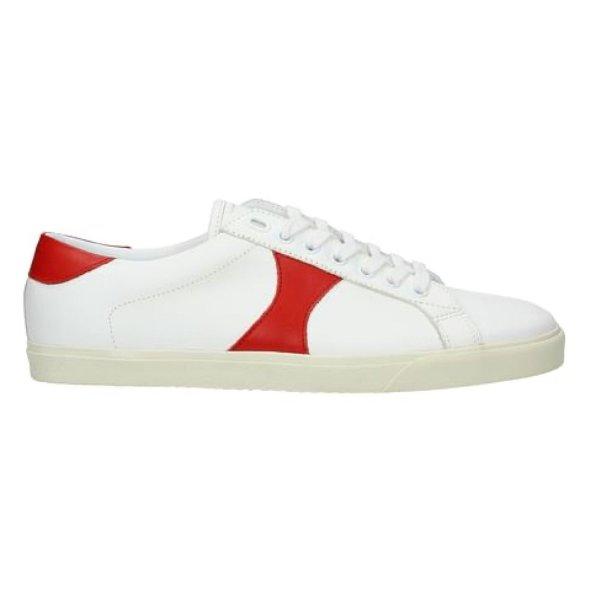 经典小白鞋