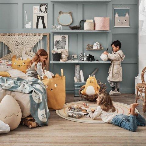 蓝色小猫毯子€24.99H&M HOME 宅家必备毯子盘点 暖暖裹起来窝在沙发看剧吧