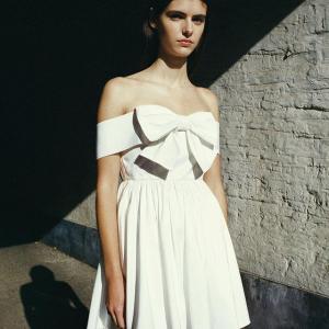 变相2.4折 £117收蕾丝上衣独家:Self-Portrait 仙女裙全场热促 优雅蕾丝仙女裙、娃娃领开衫参与