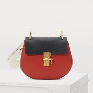 7折+额外8折到手¥7000(国内¥11400)折扣升级:Chloe 拼色小猪包,浪漫红黑经典配色