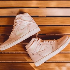 Extra 20% Off + Free ShippingWomen Shoes On Sale @ Nike