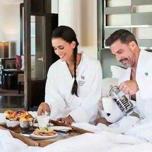 Get the 4th Night FreeLas Vegas Waldorf Astoria Hotel Extra Day Getaway