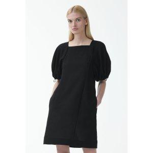 COS黑色泡芙袖连衣裙