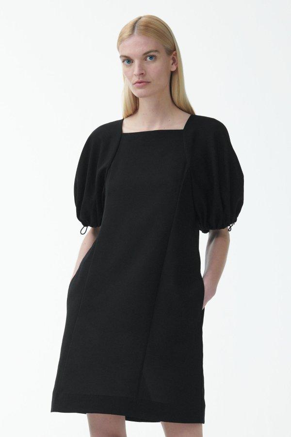 黑色泡芙袖连衣裙