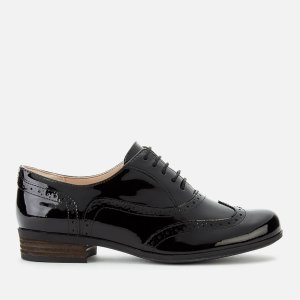 Clarks满£120减£40漆皮布洛克鞋