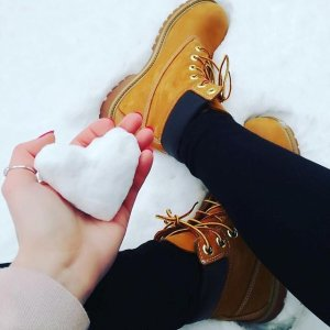 Extra 25% offwomen's boots sale @ Timberland