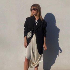 上新热卖COS 气质美裙热卖 值得一试的精致简约风