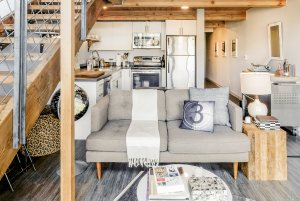 Vintage Loft with Historic Features in Vibrant Capitol Hill - Lofts for Rent in Seattle, Washington, United States