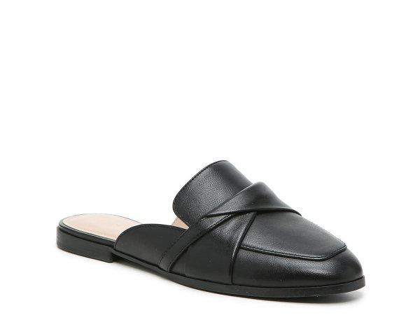 平跟穆勒鞋