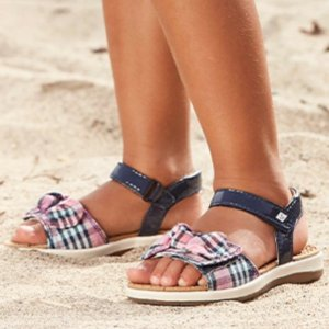 30% OffStride Rite Select Sperry Sandals
