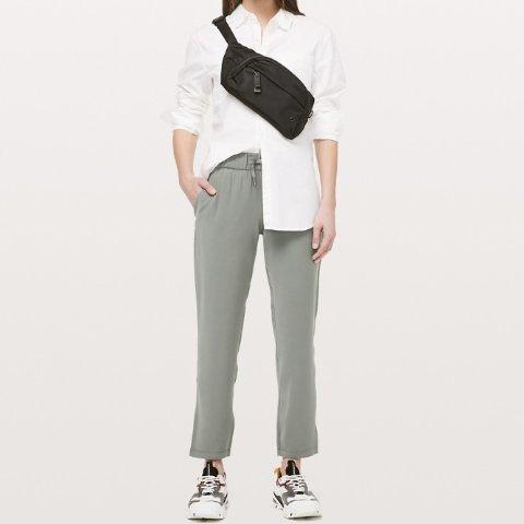 低至5折 £44入牛油果绿lululemon 西服裤、烟管裤 粉丝晒货推荐 宽松舒适显腿细