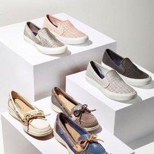 低至4折+额外7折macys.com 精选女鞋热卖 收舒适小白鞋