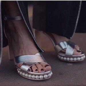 低至4折+额外8折 性感迷人Nicholas Kirkwood 高颜值珍珠美鞋热卖