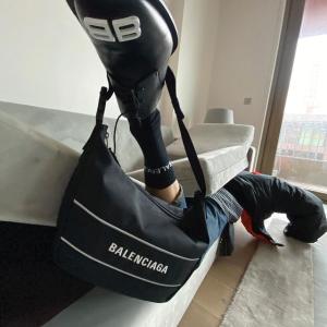无门槛7折 €136收BB卡包折扣升级:Balenciaga 巴黎世家新品大促 多款老爹鞋、机车包参与 上新宝藏好物等你收