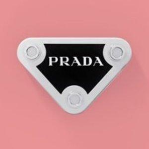 8折 PVC渔夫帽正火Prada 不同的潮流款式美衣、美鞋促销