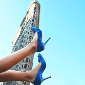 Extra 20% OffBarneys New York Manolo Blahnik Shoes Sale
