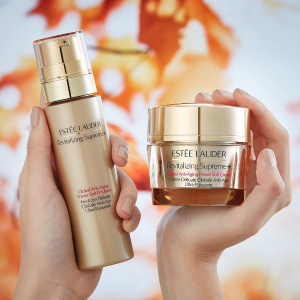 Up to 6-pc free sampleswith $150 Revitalizing Supreme+ purchase @ Estee Lauder
