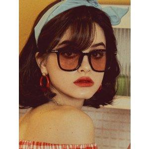 黑框粉色墨镜